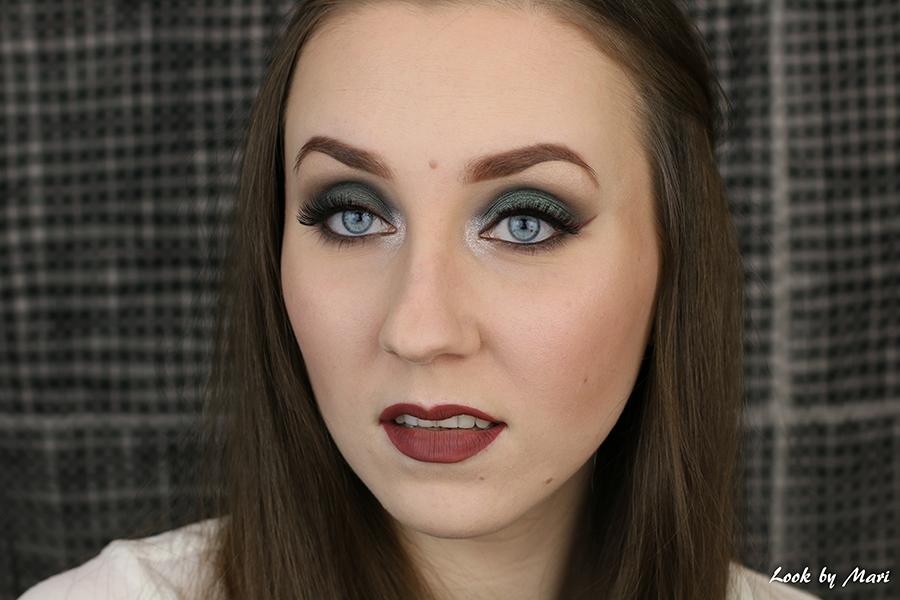 7 vihreä silmämeikki siniset silmät meikki meikkaus meikkaaminen sinisten silmien meikki meikkaus meikkaaminen