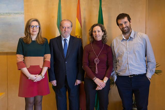 12-231216 Visita Presidenta Autismo Sevilla