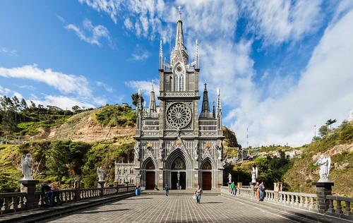 Santuario_de_Las_Lajas,_Ipiales,_Colombia,_2015-07-21,_DD_19