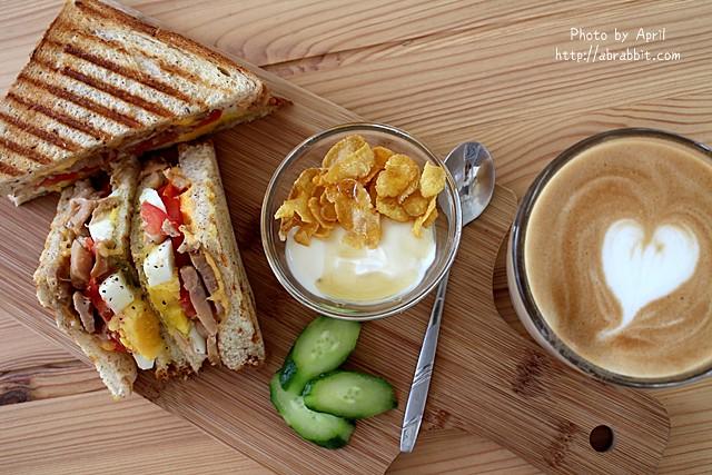 31546083202 d9aa21caeb z - [台中]Toward Cafe 途兒咖啡--貨櫃屋咖啡廳,早午餐、輕食、咖啡@西屯區 玉門路(已歇業)