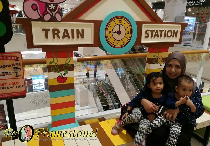 Train Tak Bosan AEON Mall Shah Alam