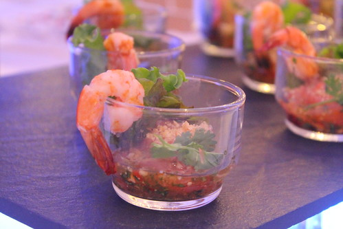 "DavaoFoodTripS.com : Thai Pomelo and Shrimp Salad | Seda Abreeza's Blue-themed Christmas Eve Dinner, ""Gliteratti"" New Year's Eve Countdown Party and More This December 2016"