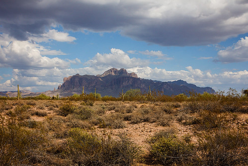 Superstition Mountain_1
