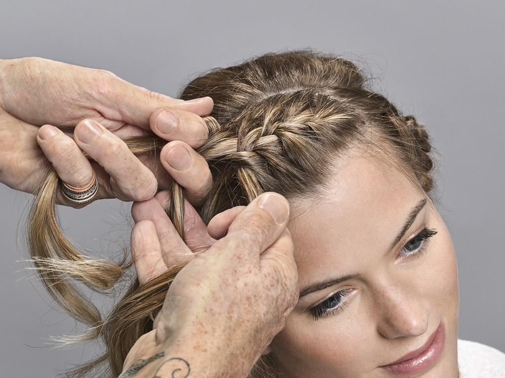Aussie Step 3 geflochtene Haarkrone