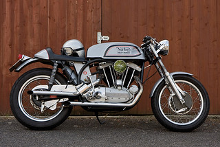 norton-motorcycle-2