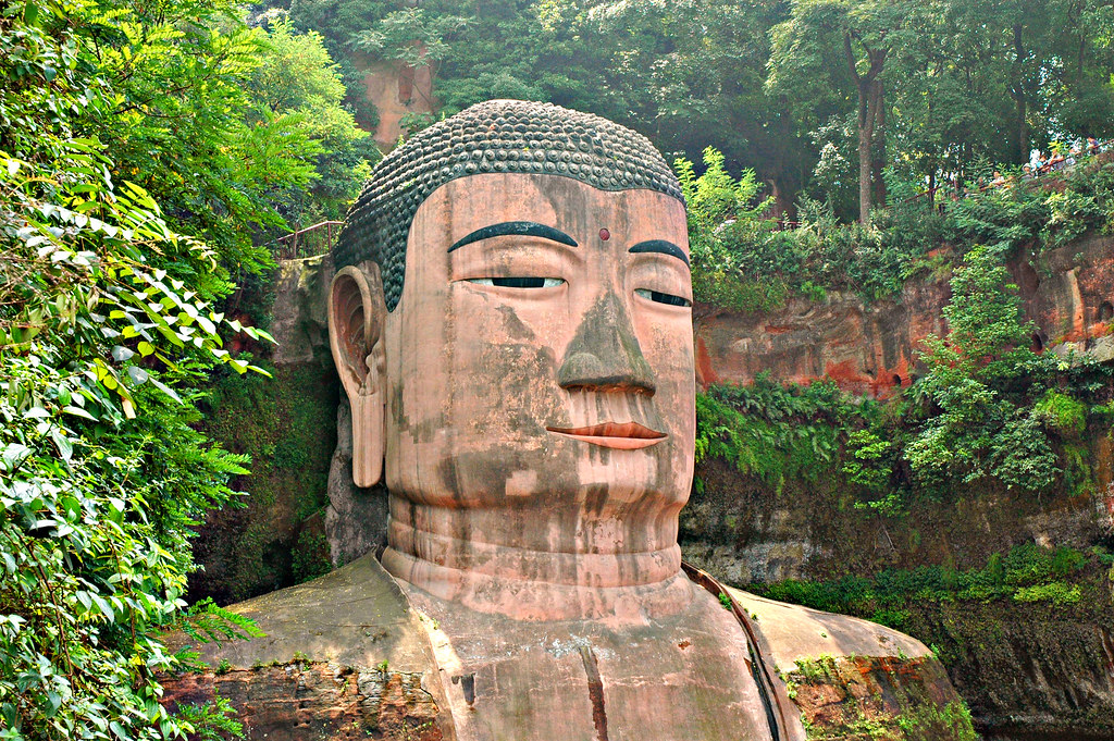 Leshan Buddha's halfway down to the viewpoint