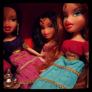 Overcrowded genie lamp, #Bratz for #365days project, 354/365