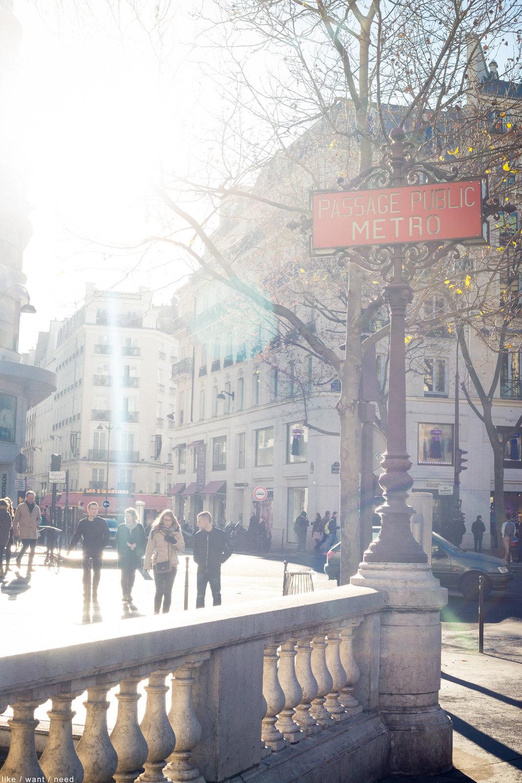 Metro, Place de la Madeleine