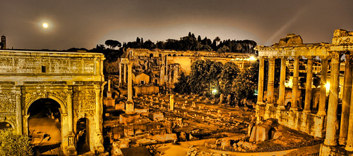 The Glow of Capitoline Hill | by Stuck in Customs