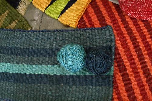 Fique y rafia para alfombras y carteras imag0064 jpg - Alfombra rafia ...