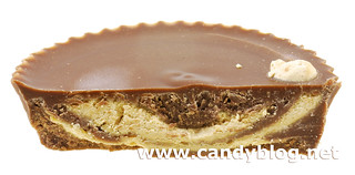Justin's Organic Milk Chocolate Peanut Butter CUp | by cybele-