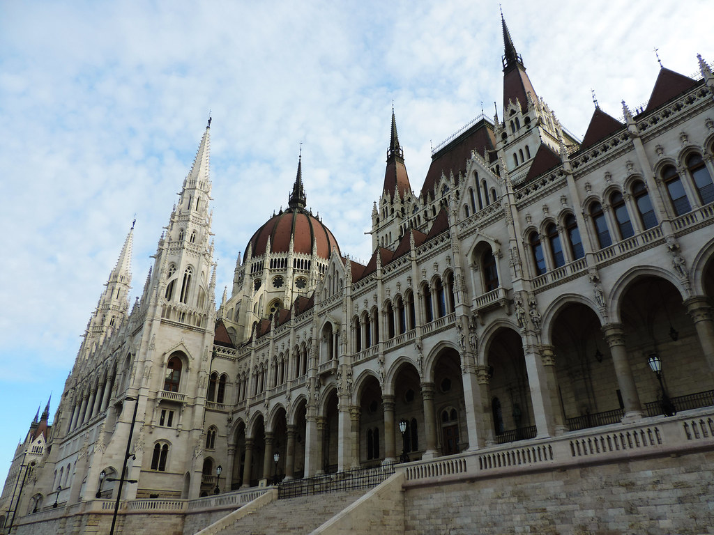 How To Create That Perfect Travel Itinerary: Parliament, Budapest, Hungary