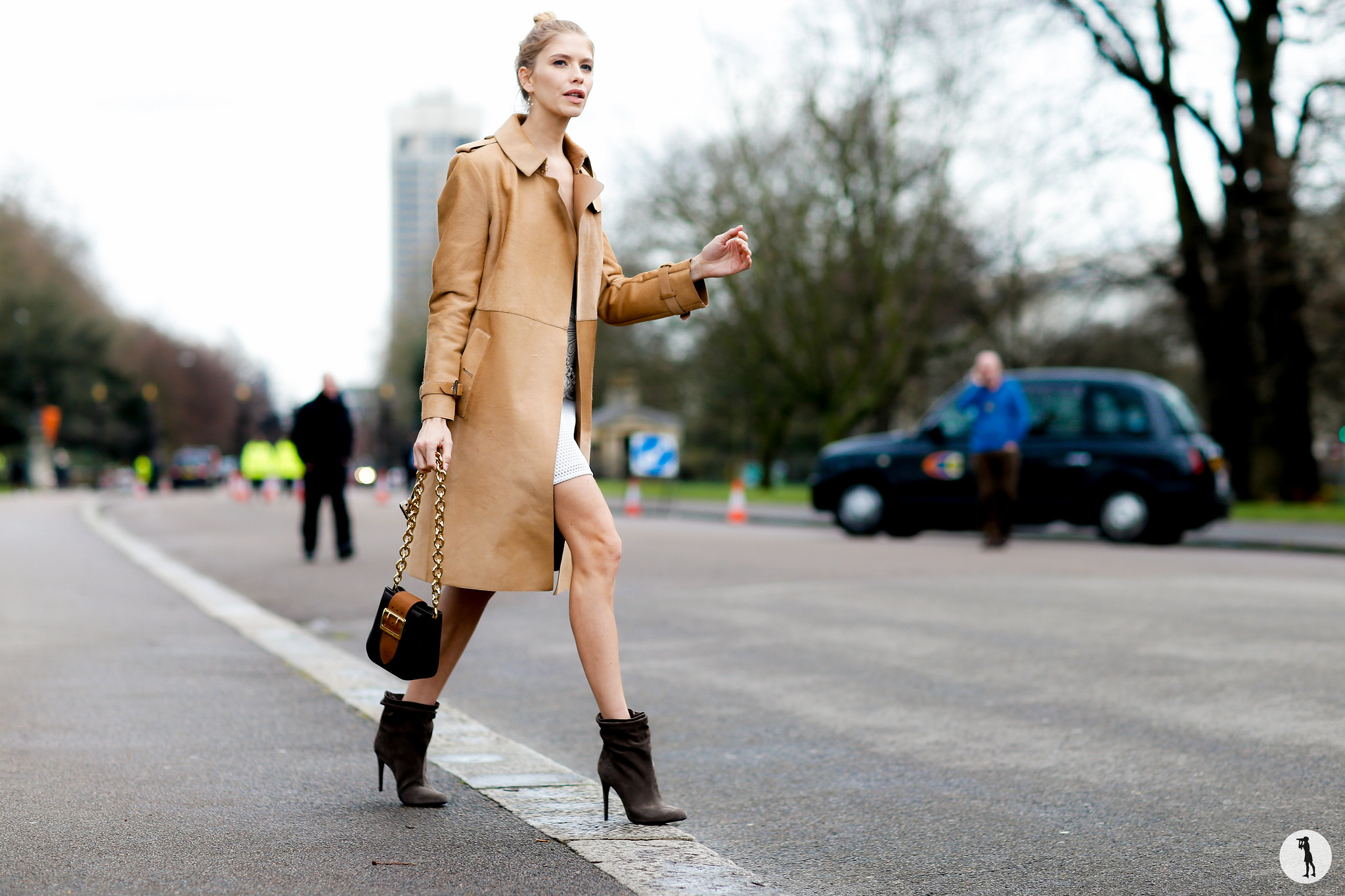 Elena Perminova - London Fashion Week RDT FW16-17 (3)