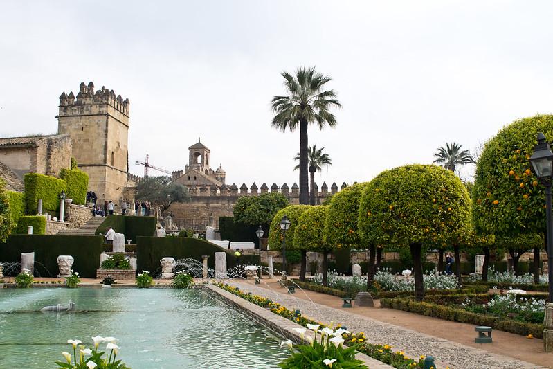 Gardens of Alcázar de los Reyes Cristianos, Cordoba, Spain | packmeto.com