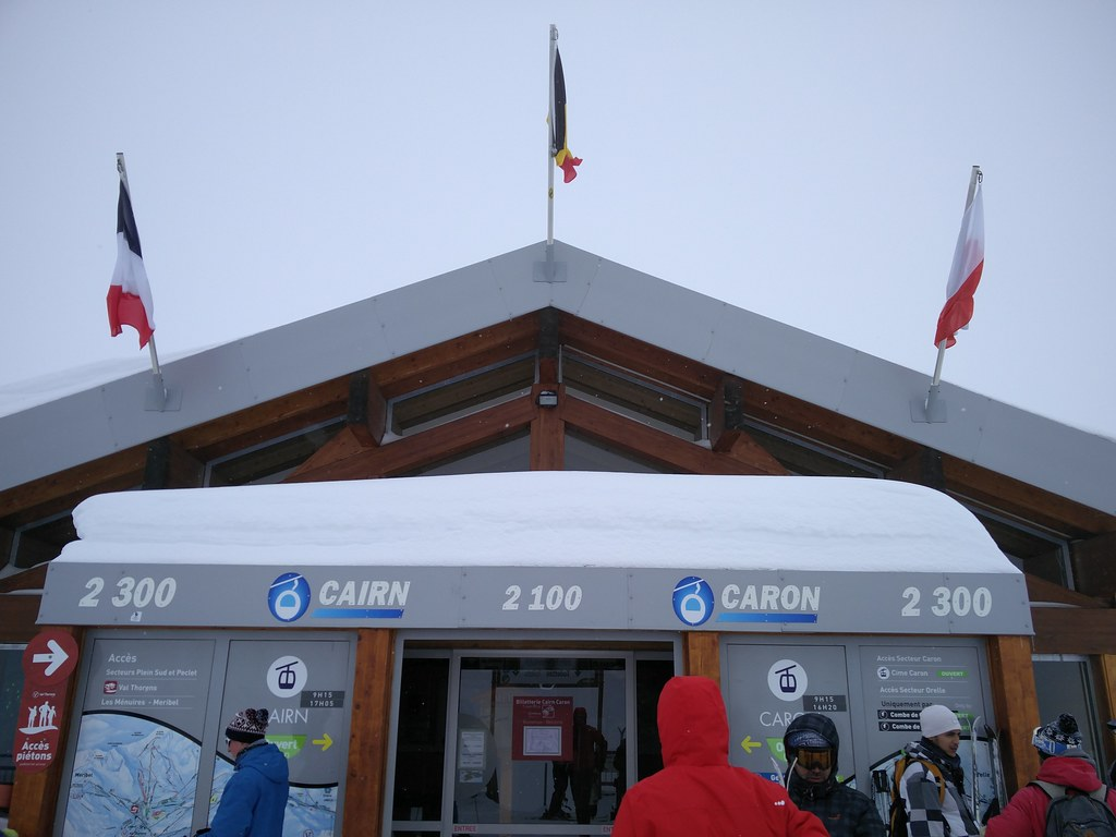 Cairn and Caron gondola station