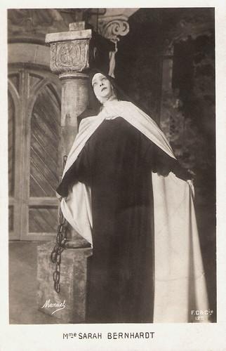 Sarah Bernhardt in La Vierge d'Avila