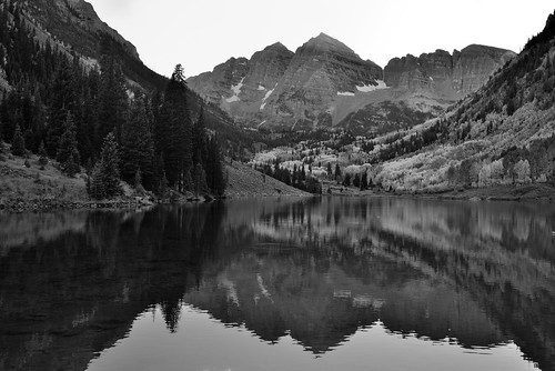 late afternoon water reflections of maroon bells black. Black Bedroom Furniture Sets. Home Design Ideas