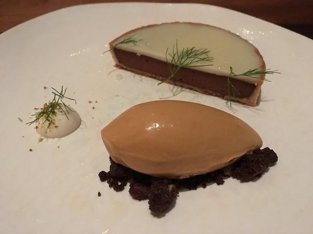 Chocolate-parsnip tart - Aster