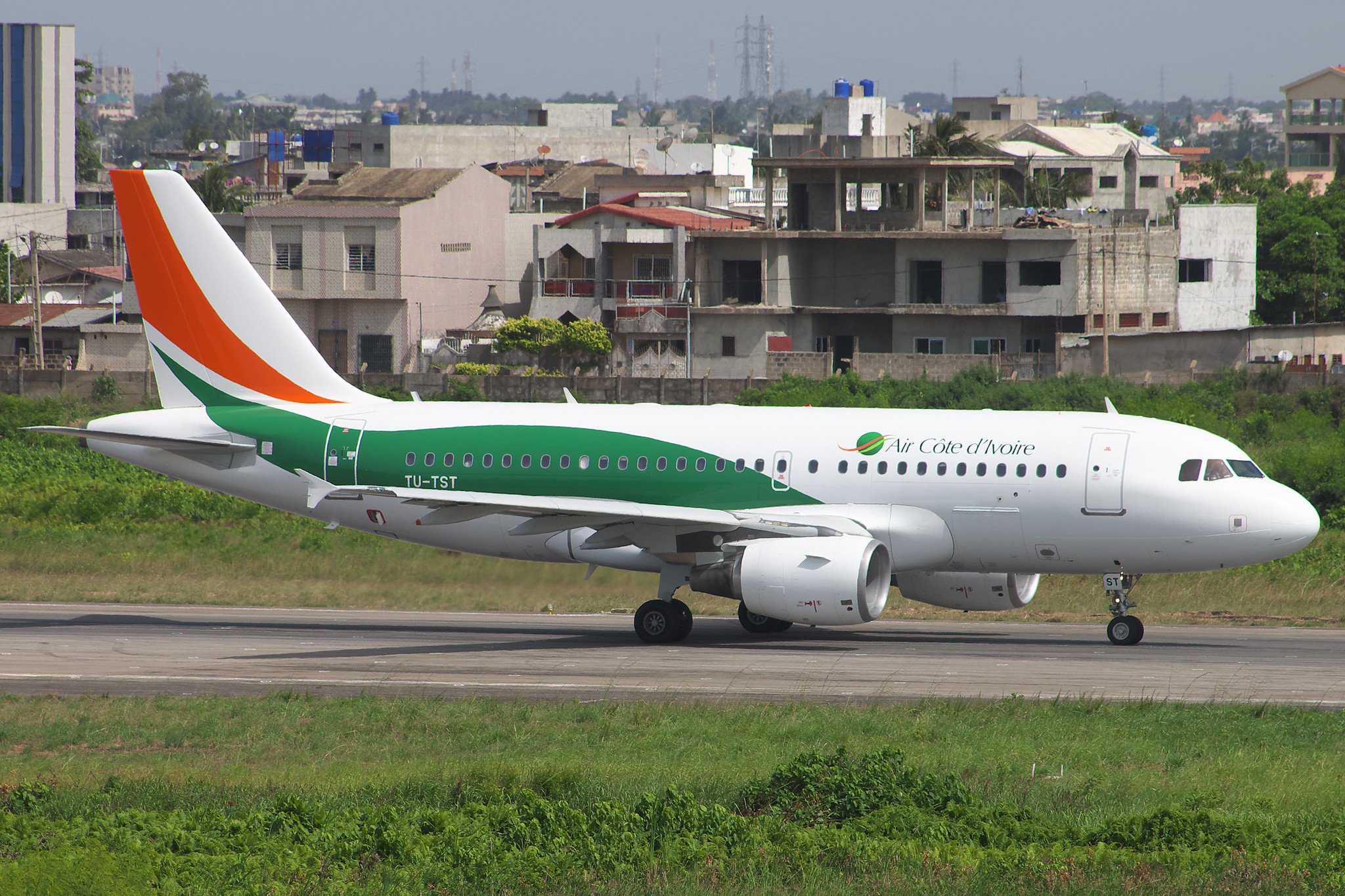 Air Cote d'Ivoire (TU-TST)