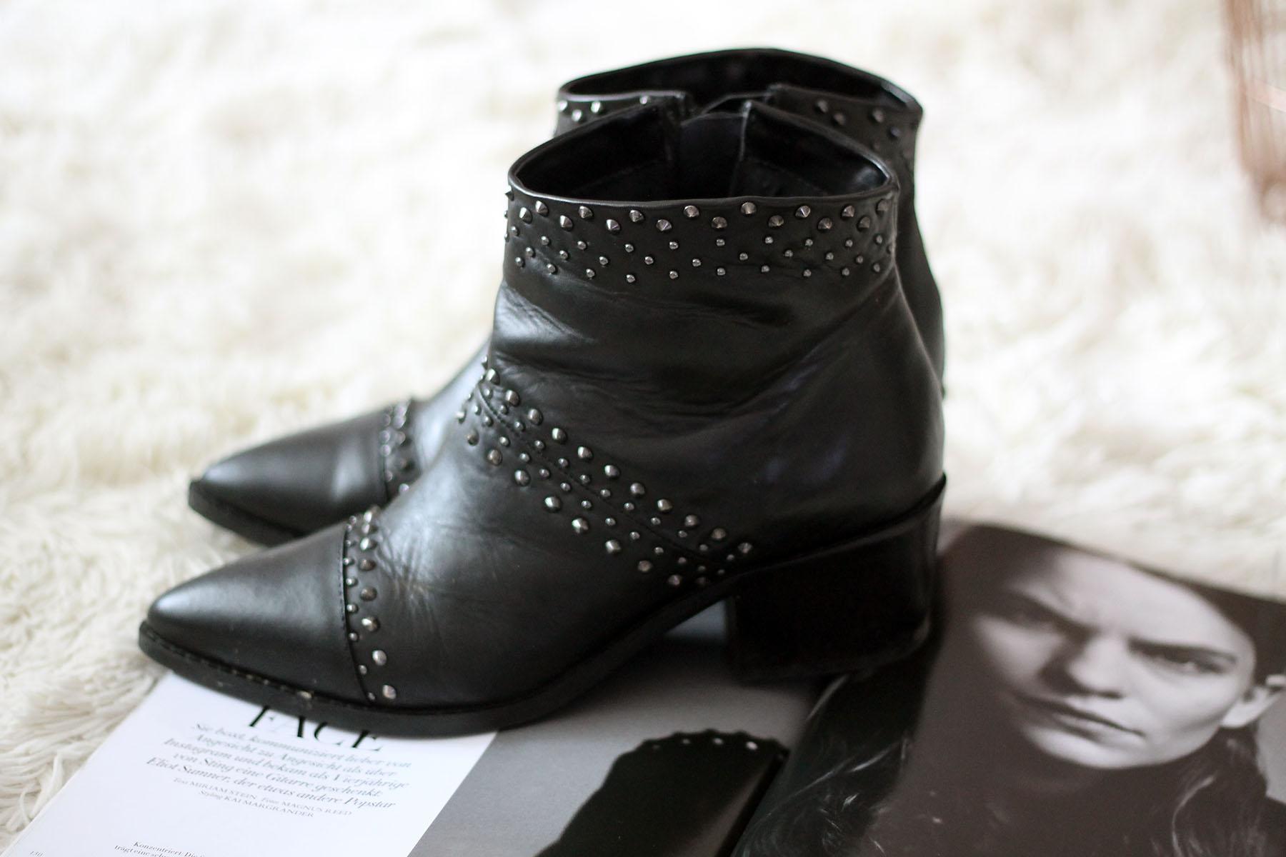 modeblog-fashionblog-new-in-haul-stiefeletten-nieten-outfit