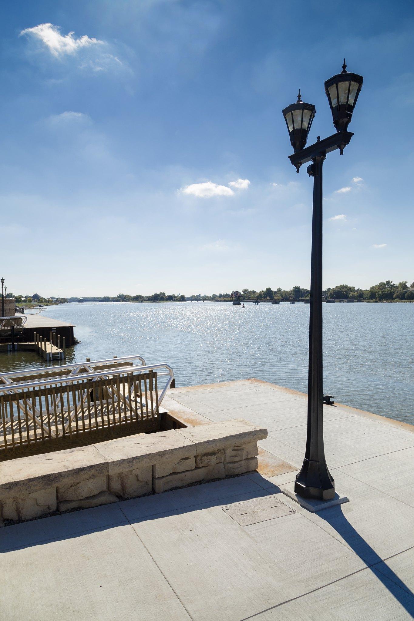 Square Precast for Bay City Riverwalk1