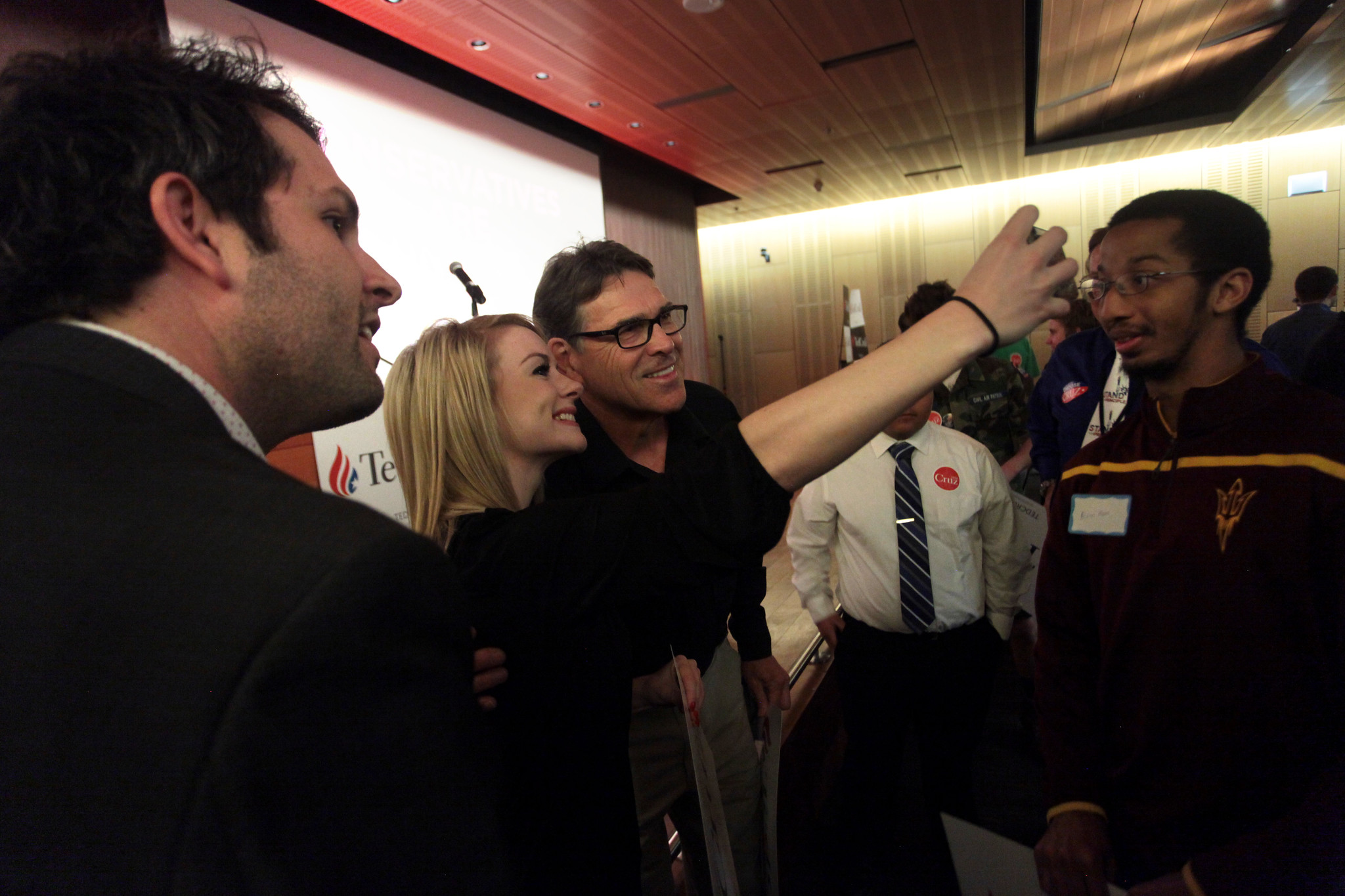Rick Perry with supporters