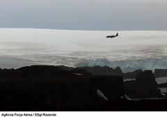 C-130 sobrevoando a Antártida - verão 2013