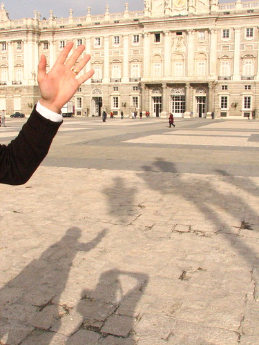 Saying Hi in the Center of the Palacio Real, Madrid | by SeppySills