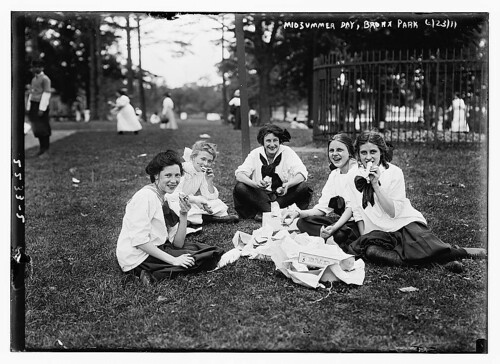 Midsummer Day, Bronx Park  (LOC) | by The Library of Congress