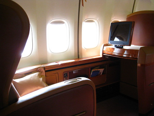 First class seats, Singapore airlines, Singapore to Sydney | by Allerina & Glen MacLarty