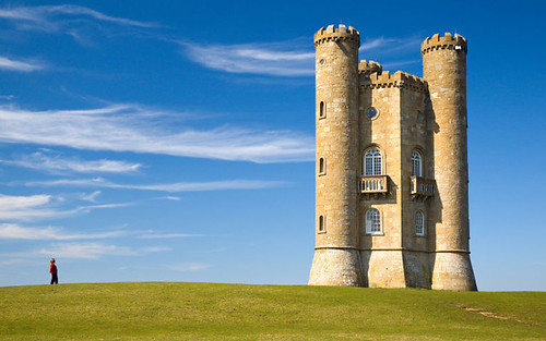 Wikimedia Commons Picture of the Year: Broadway tower | by Bryan Tong Minh