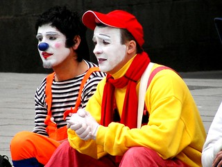 clowns @ Cathedral square in BCN | by Agnieszka Kedzierska