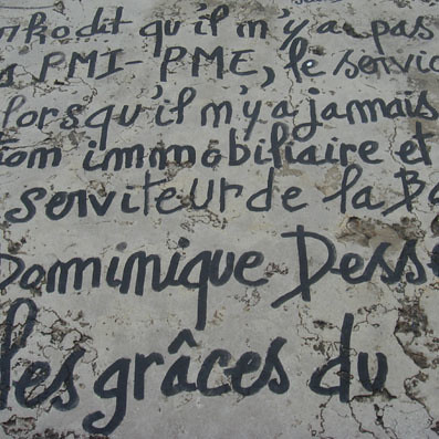 Writing on the Pont de l'Alma next to the scene of Princess Diana's death | by UrbanDigger.com