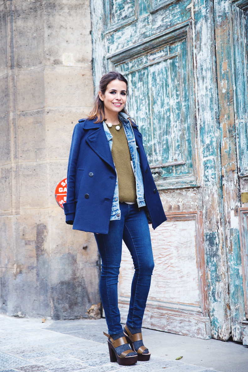 Double_Denim-Blue_Coat-Winter_Sandals-7
