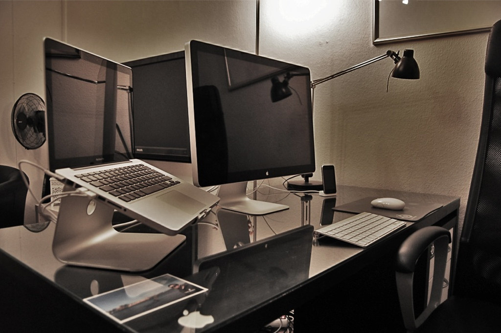 Mac Desktop Monitor Mac Desktop Setup | by