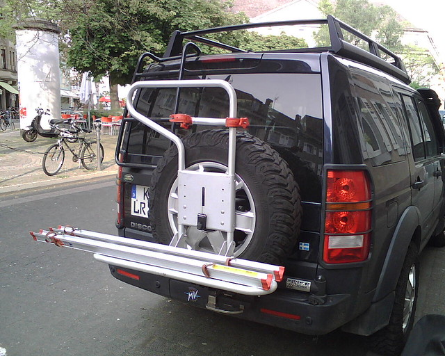 lr3 fiamma carry bike 4x4 land rover discovery 3 flickr. Black Bedroom Furniture Sets. Home Design Ideas