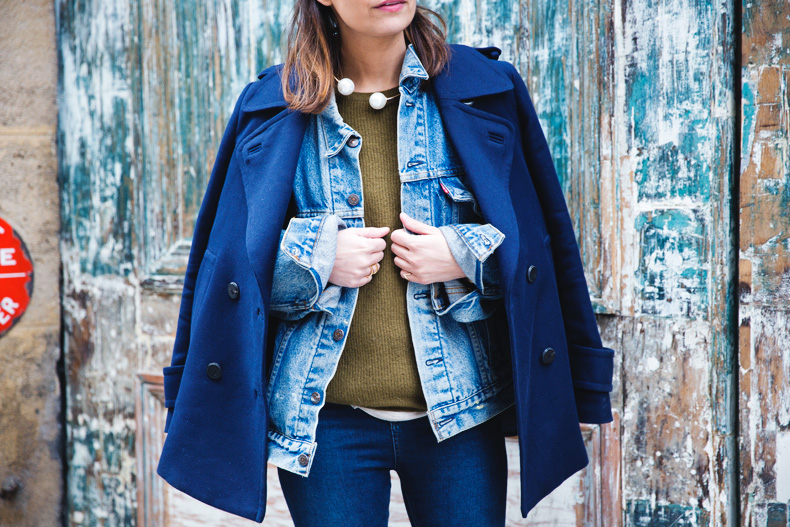 Double_Denim-Blue_Coat-Winter_Sandals-15