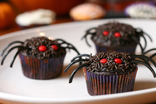 Spider Cupcakes | by Bakerella