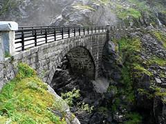#0479 Trollstigen: Bridge over Stigfossen by Fjordblick