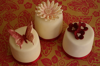 Mini wedding cake samples. | by Flumpette