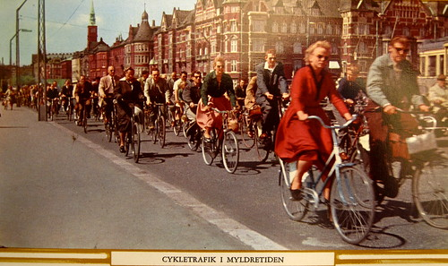 Copenhagen Bicycle Traffic in Rush Hour | by Mikael Colville-Andersen