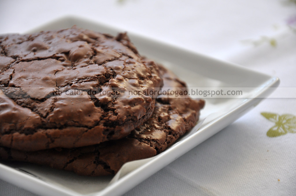 Cookies duplos de chocolate