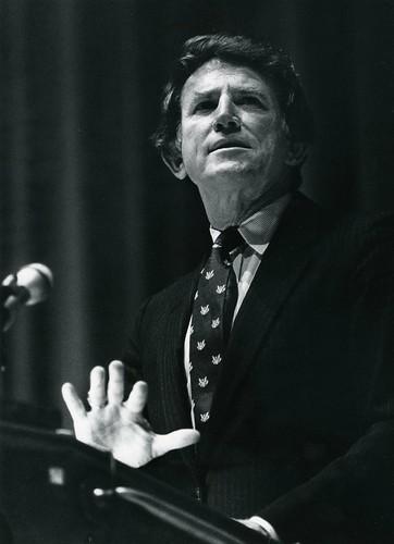 Gary Hart, 1987