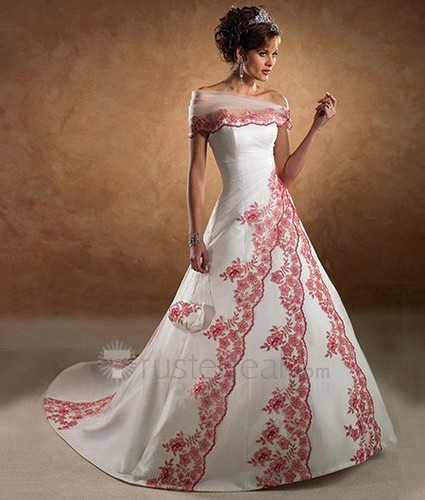 The latest fashion of the wedding dress colors what woman needs make sure that to take your choice based on your favorite color ask yourself what is your favorite color what is the color that the groom will wear junglespirit Choice Image