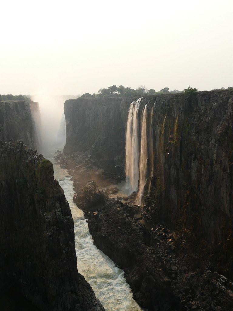 Zambia01VicFalls014