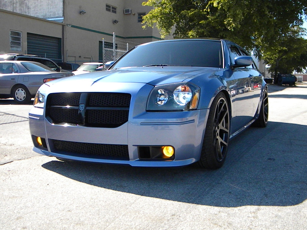 custom dodge magnum srt8 images. Black Bedroom Furniture Sets. Home Design Ideas