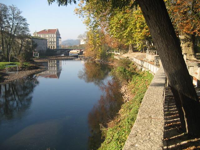 Río Umia en Caldas de Reis