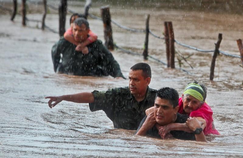 Pessoas afetadas pelo furacão