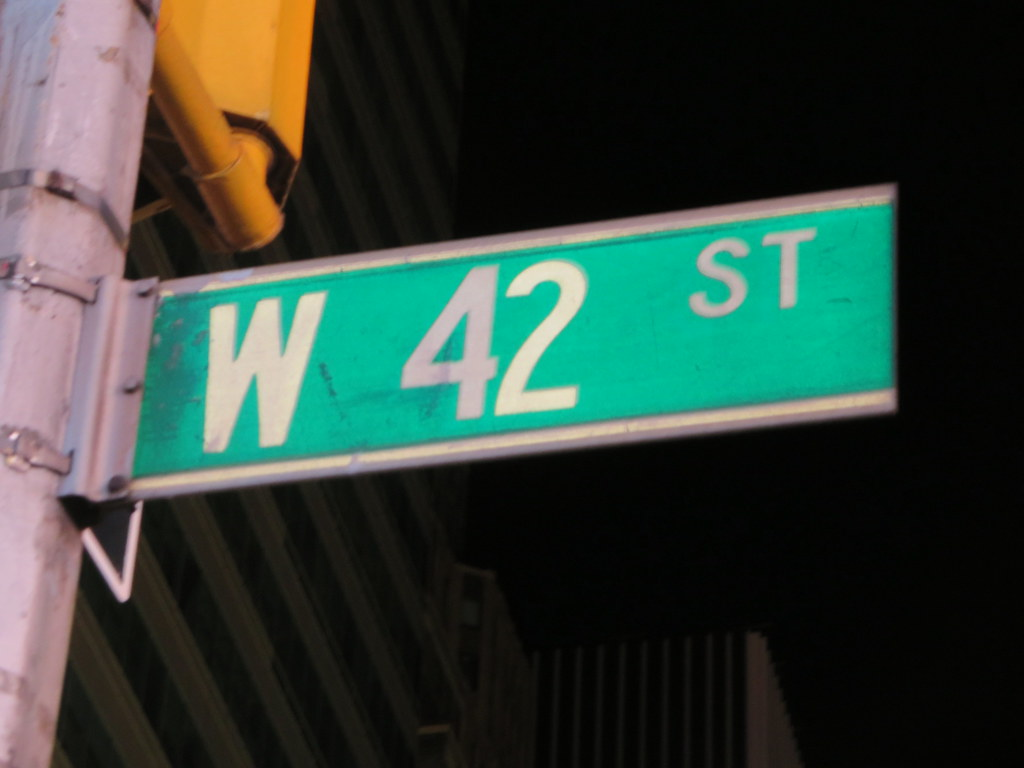 NEW YORK CITY SIGNS  14TH TO 42ND STREET This site intends to survey all of the signs in New York City from 14th Street to 42nd Street  the Mack Sign