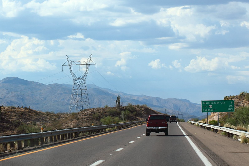 Moottoritie Phoenixista pohjoiseen
